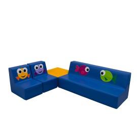 Conjunto de sofás con cuadrado peces