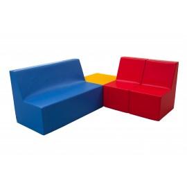 Conjunto de sofás con cuadrado