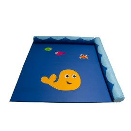 Sea mat with rolls