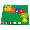 Children play mat: little worm